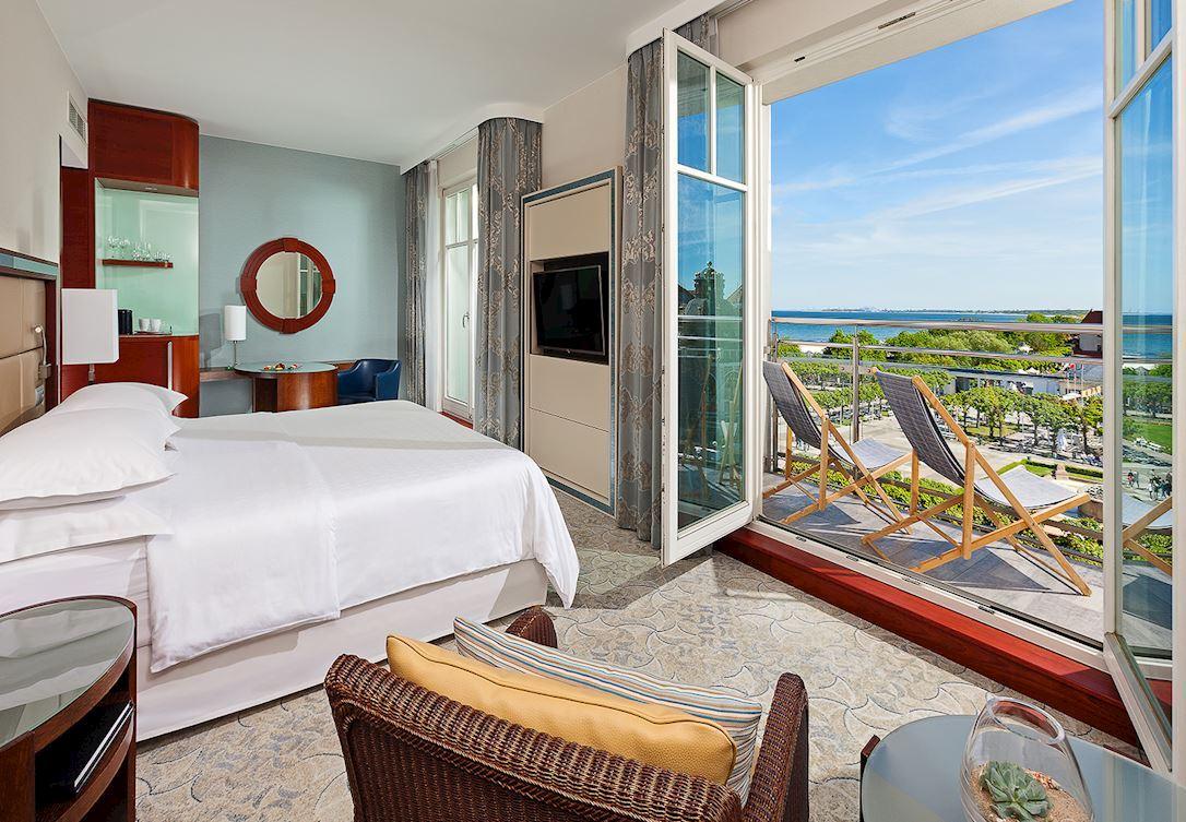 Pokój klubowy z balkonem